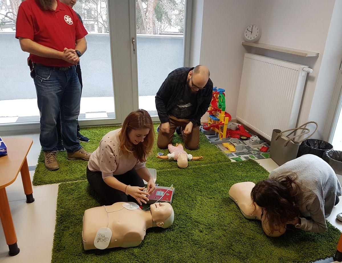 Kursy pierwszej pomocy - BHP BEZPIECZEŃSTWO