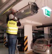 Pracownik BHP Bezpieczeństwo przy instalacji ppoż