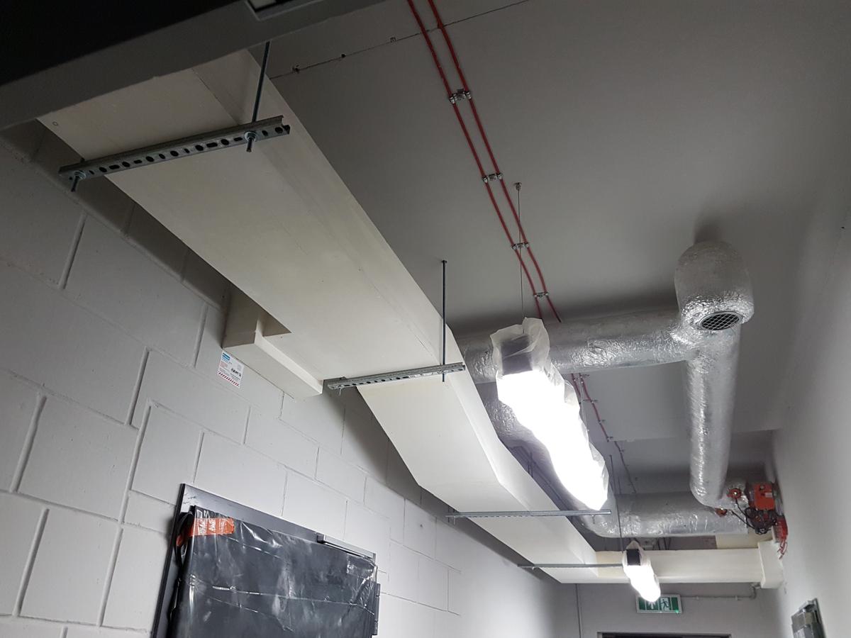 Zabezpieczenie ppoż kanałów kablowych w budynku
